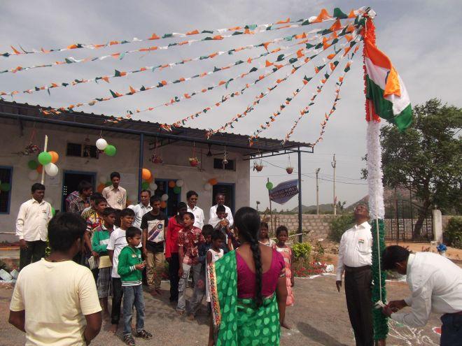 India 10.15 3